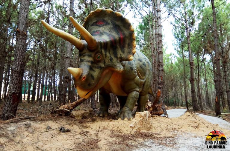 Os dinossauros vão estar à solta na Lourinhã a partir de 9 de fevereiro.