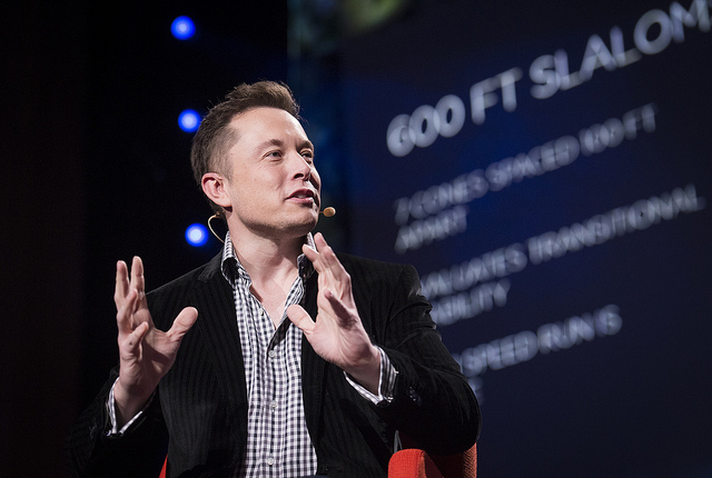Aos 31 anos, Musk fundou a Space Exploration Techonologie (SpaceX).