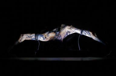 """Estreia da performance """"Corpus Nil"""" de Marco Donnarumma em Portugal é o destaque do Vivarium"""