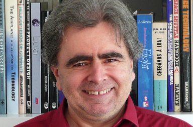 Paulo Gil é professor o Instituto Superior Técnico, em Lisboa.