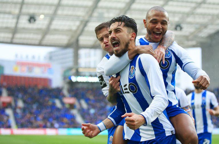 FC Porto mantém-se na luta pela liderança do campeonato a uma semana do clássico.