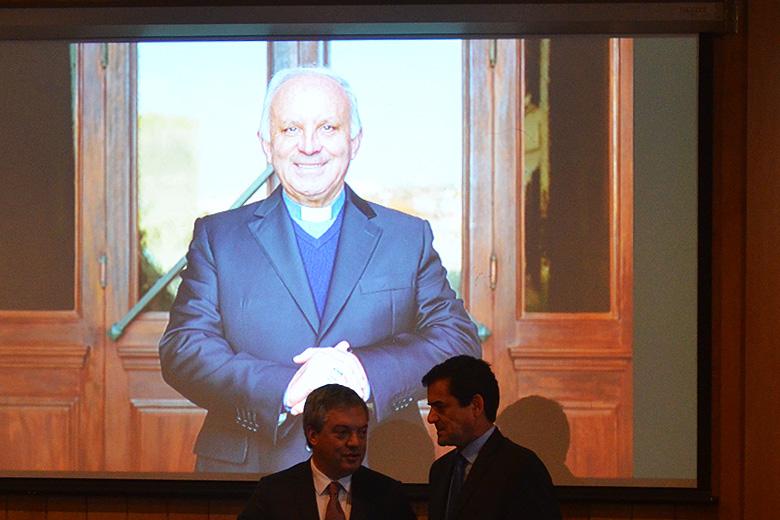 Nova ponte vai adotar o nome do antigo Bispo do Porto, D. António Francisco dos Santos falecido em setembro de 2017.
