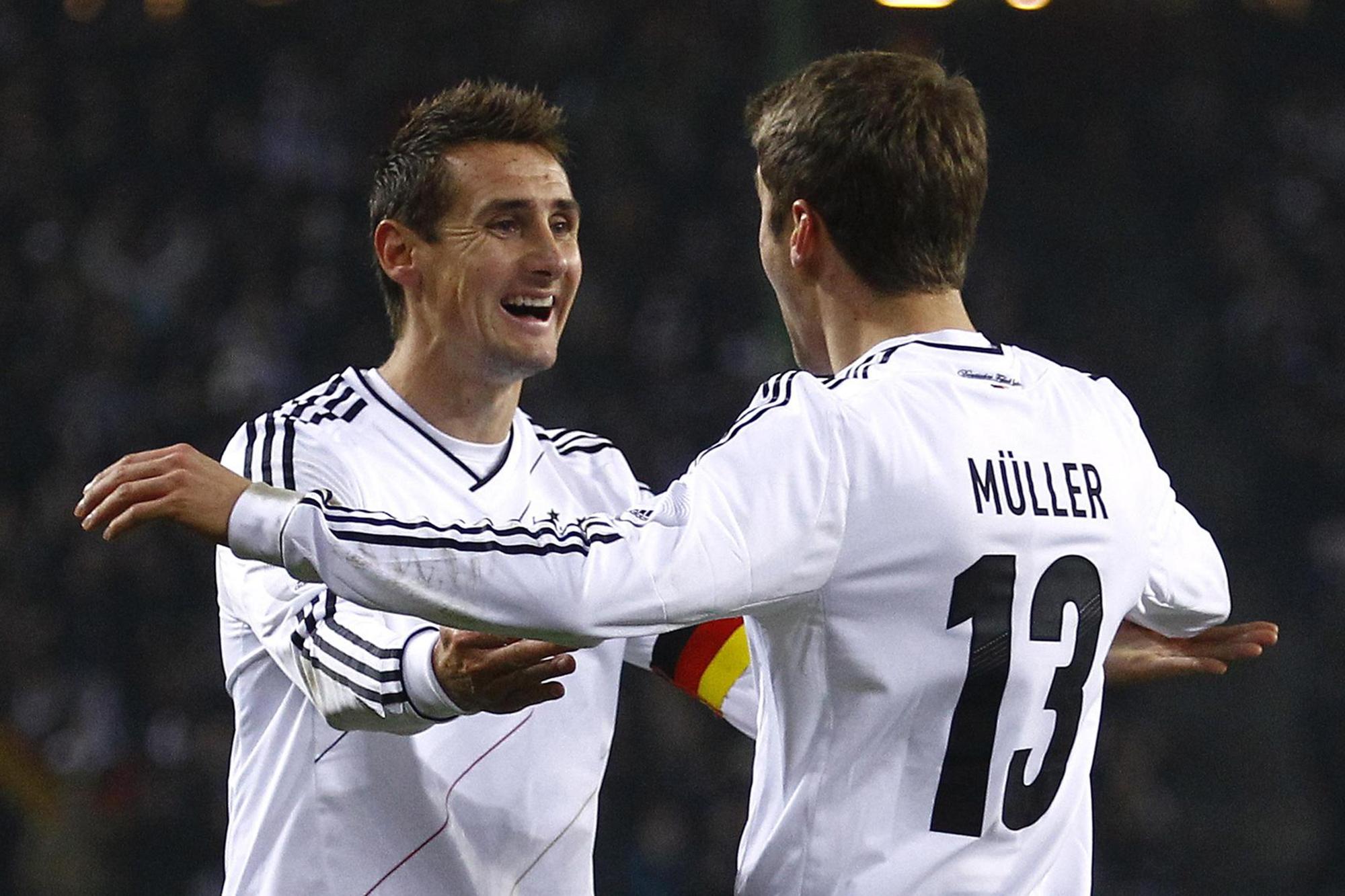 Thomas Muller pode suceder a Miroslav Klose (na foto) como melhor marcador em campeonatos do Mundo.