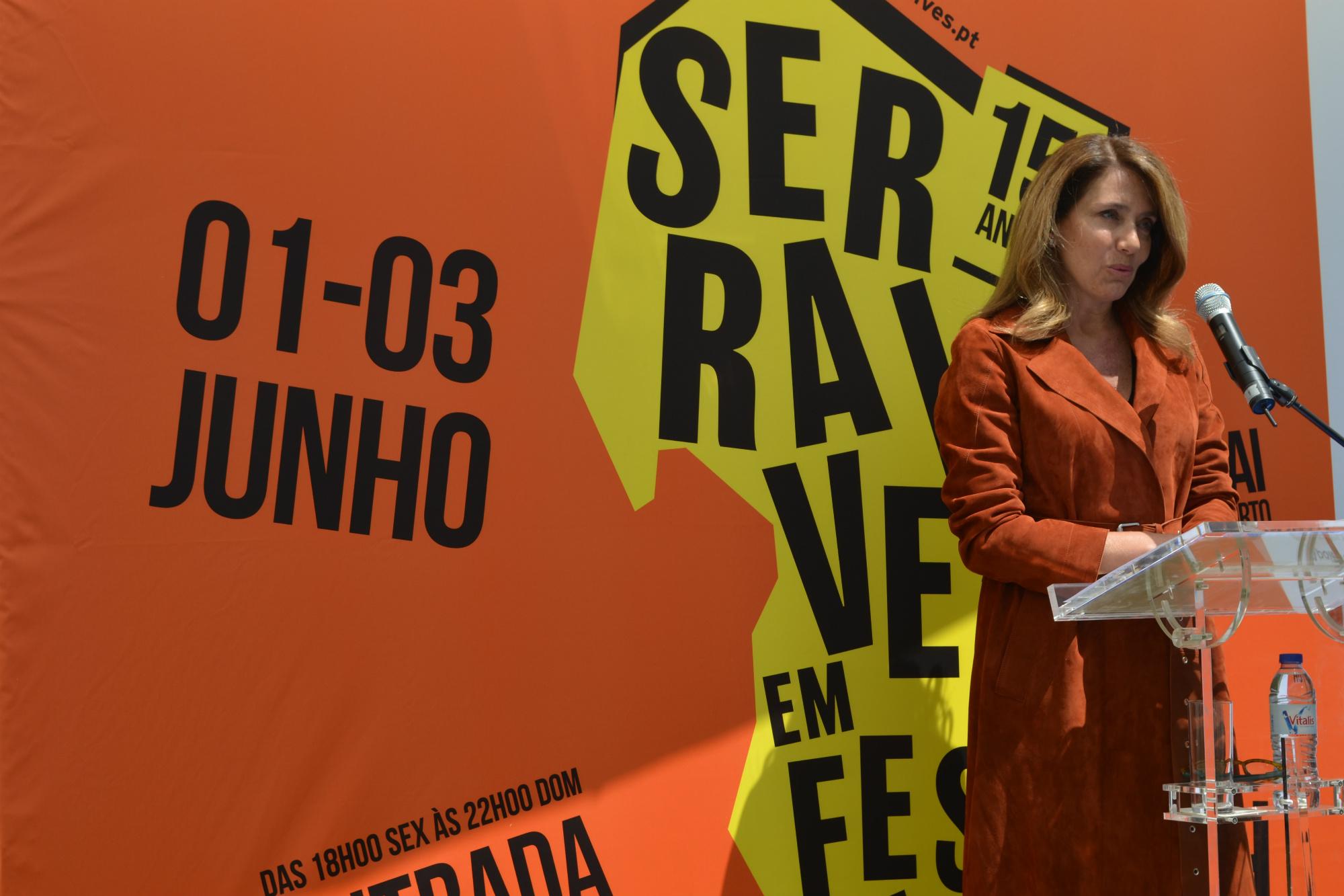 """Ana Pinho, presidente do conselho de administração da Fundação Serralves, acredita que o evento vai """"continuar a atrair muita gente"""". Foto: Ana Jorge Teixeira"""