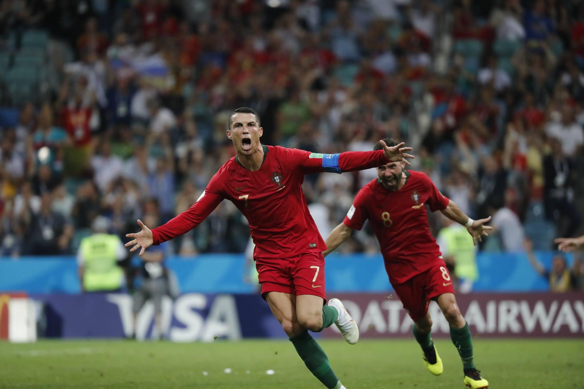 Cristiano Ronaldo arrasou o Mundial com três golos na conta pessoal.