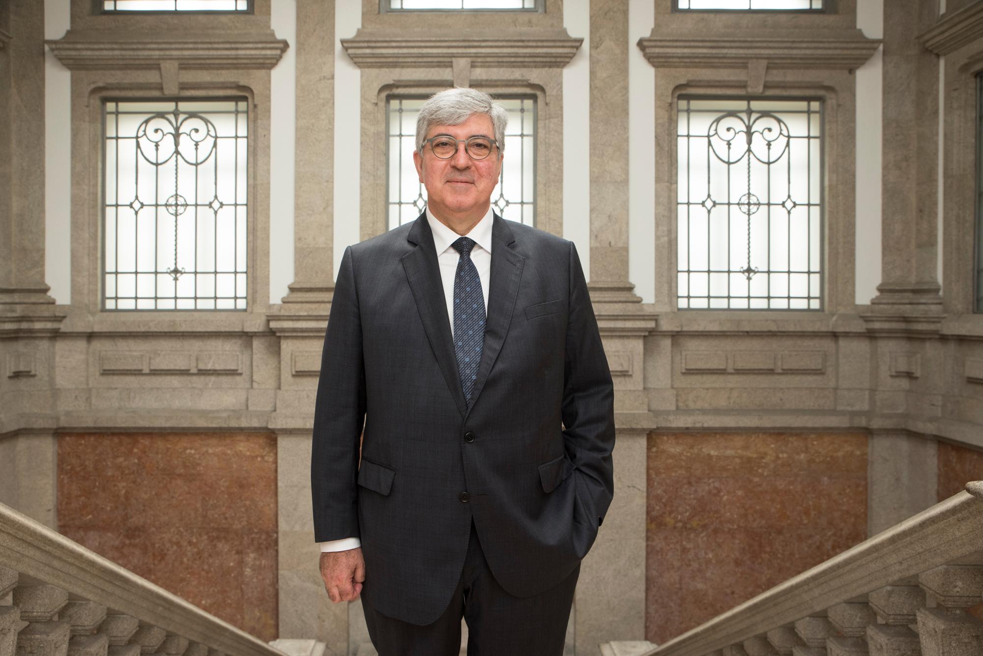 António Sousa Pereira tem 56 anos.