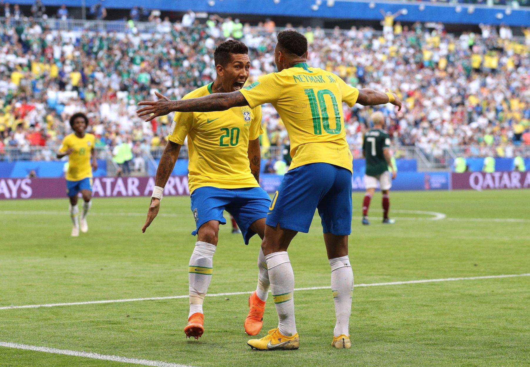 Neymar e Firmino foram os autores dos golos que afastaram o México do Mundial.
