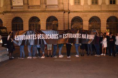 Protesto decorreu em frente à Reitoria da Universidade do Porto.