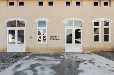 A nova morada da Orquestra de Jazz de Matosinhos é na Real Vinícola.