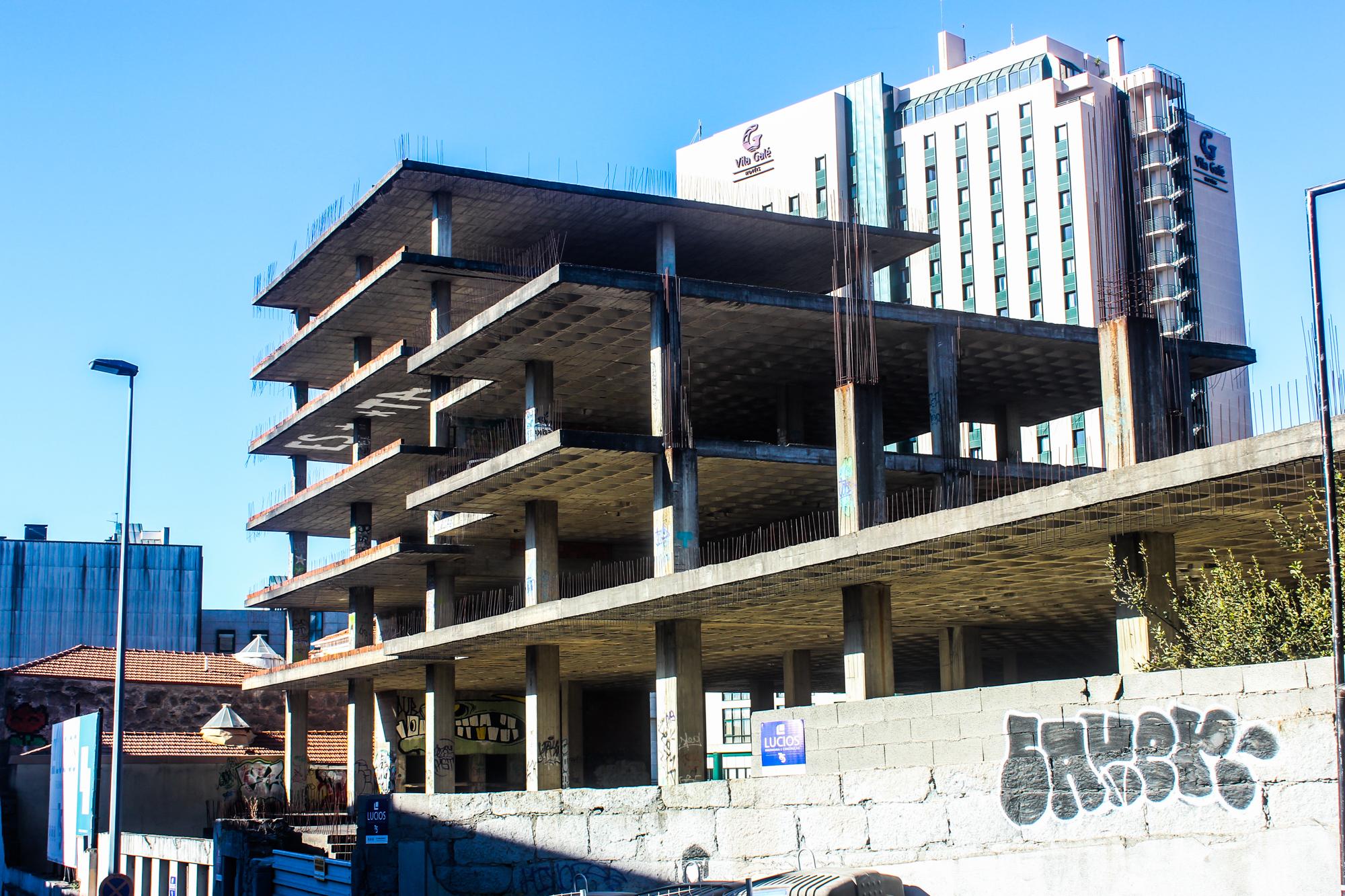 Edifício onde Gisberta morreu, no Porto.