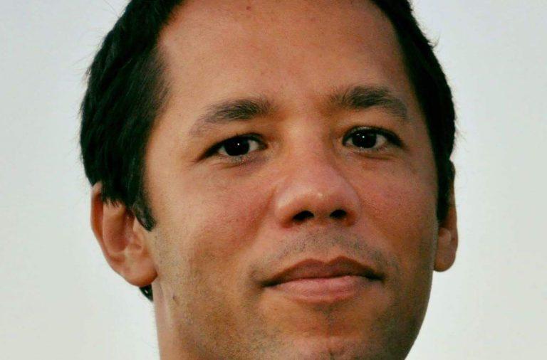 Itamar Vieira Júnior é o segundo brasileiro a conquistar o Prémio Leya.