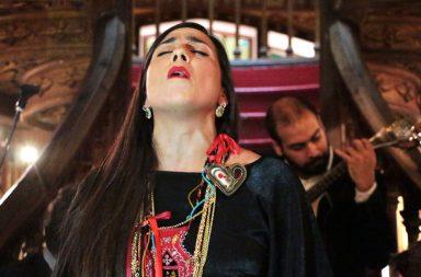 """Patrícia Santos cantou o """"Fado da Lello"""", escrito por Maria do Rosário Pedreira."""