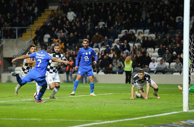 Golo de Hernâni deu os tres pontos ao FC Porto.