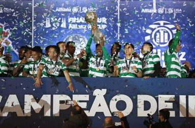 Sporting renovou o título do ano passado e conquistou a segunda Taça da Liga do seu historial.