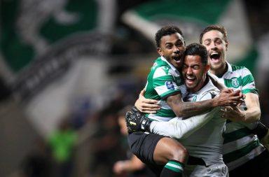 Renan foi um dos heróis da partida.