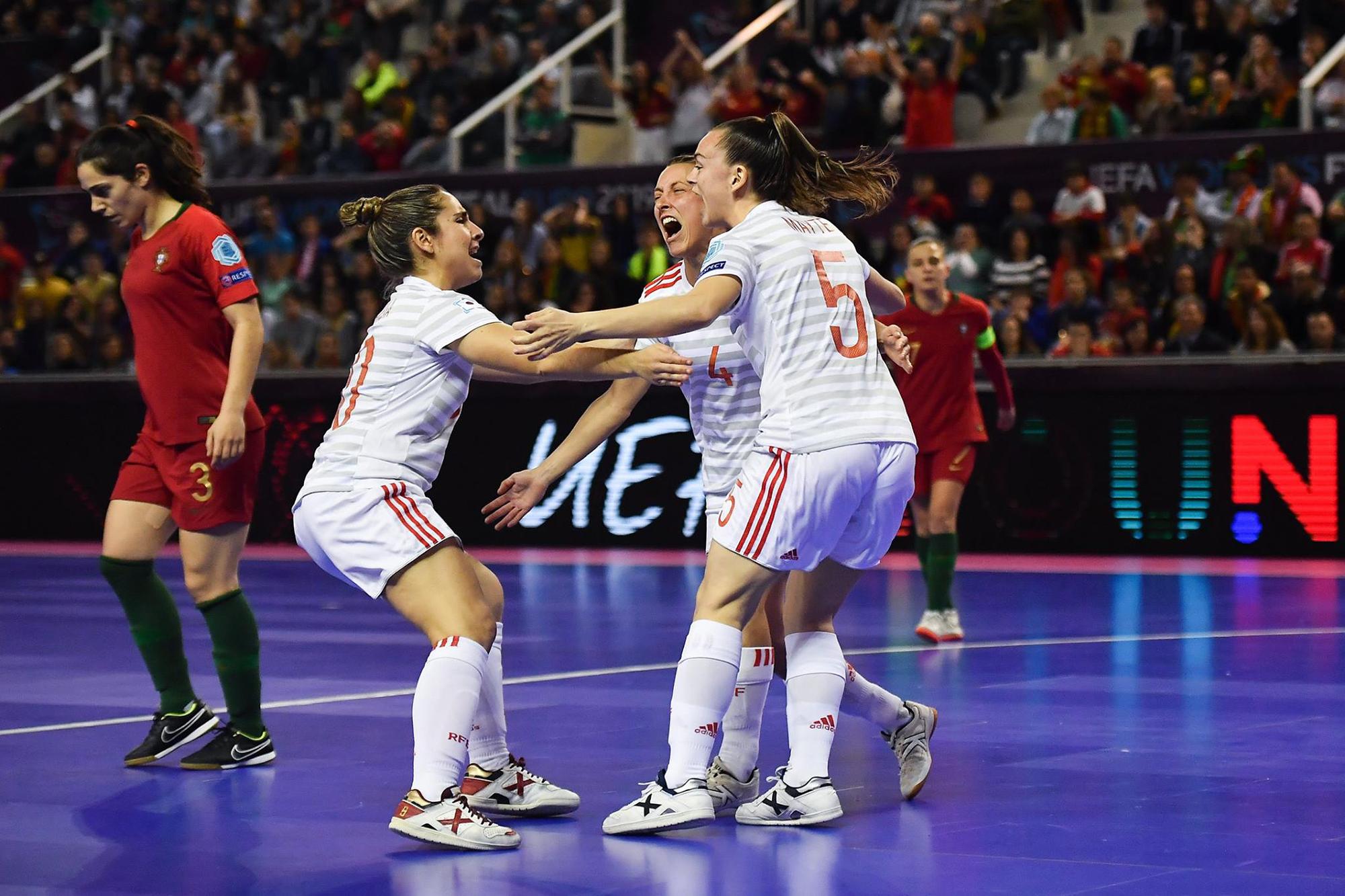 A Espanha bateu a seleção Portuguesa por 4-0 na final do Euro de futsal Feminino.