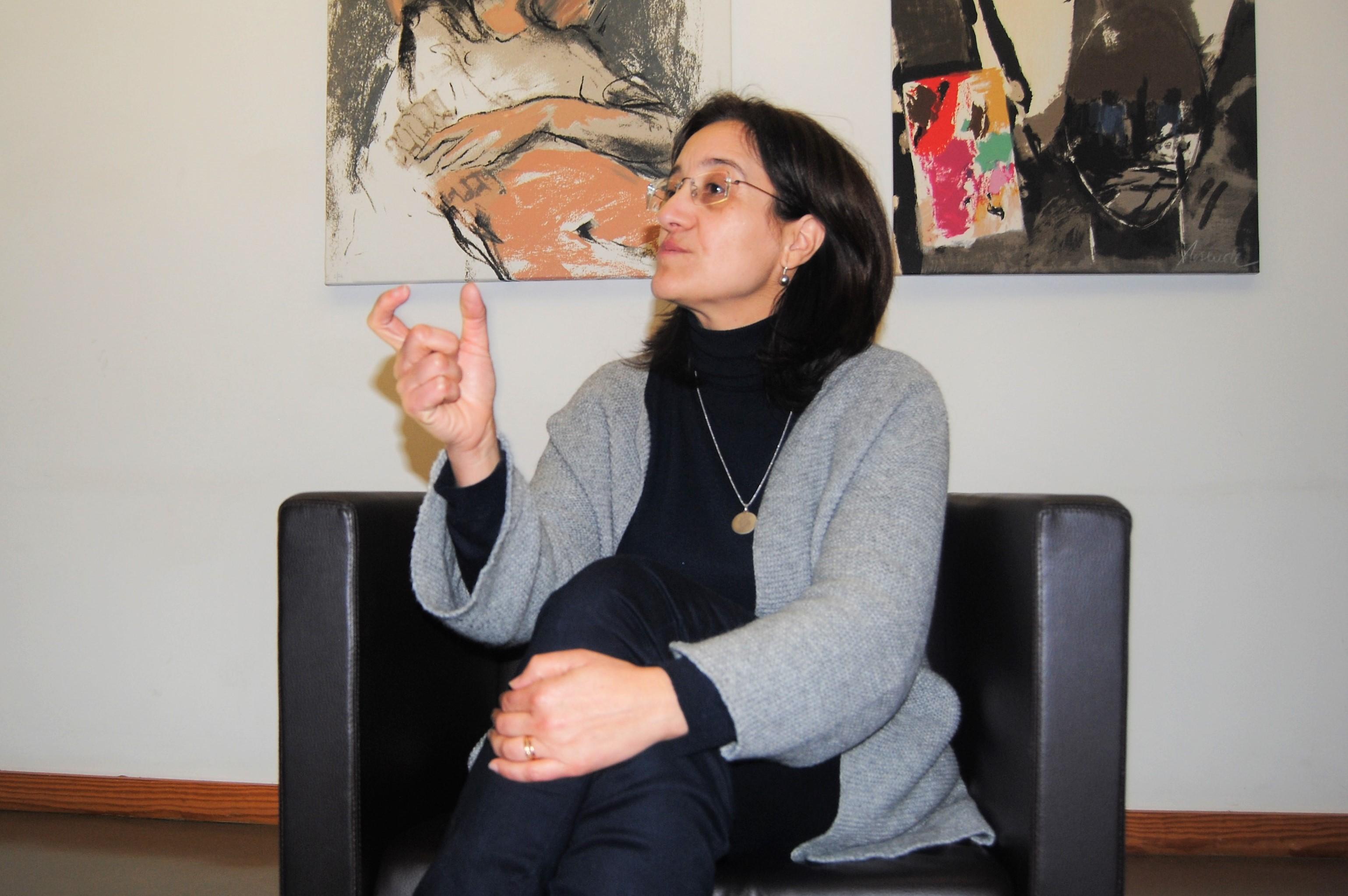 Graça Silva é psicóloga clínica no serviço da FPCEUP há 20 anos e dá consultas a jovens, adultos e idosos.