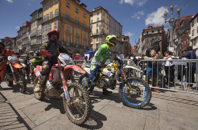Porto Extreme XL Lagares passa pela Ribeira a 11 de maio.