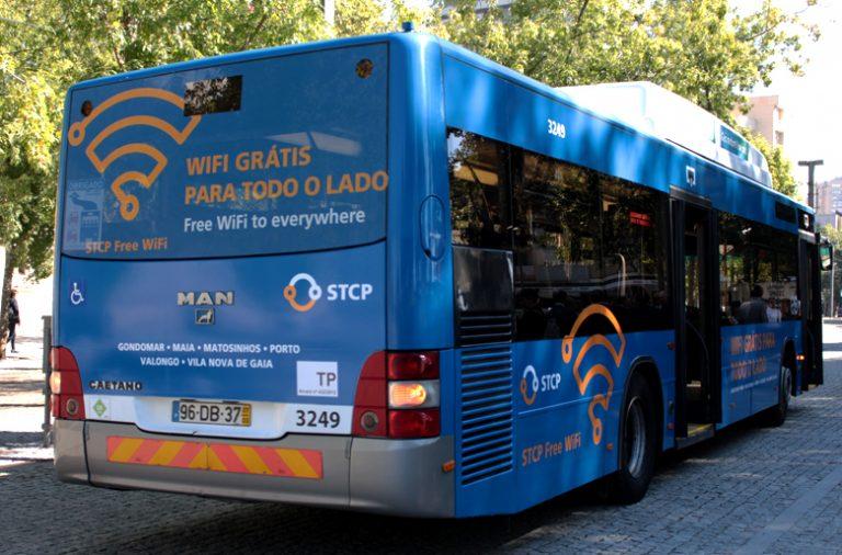 Passes gratuitos a estudantes e residentes do Porto até aos 15 anos e o alargamento de zonas no passe único.