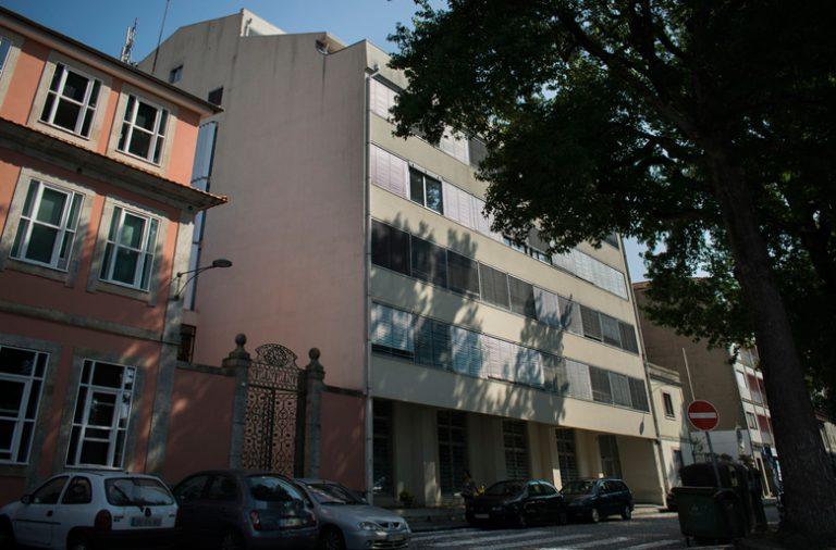 Evento terá lugar no Edifício Parcauto, na Praça do Coronel Pacheco, Porto.