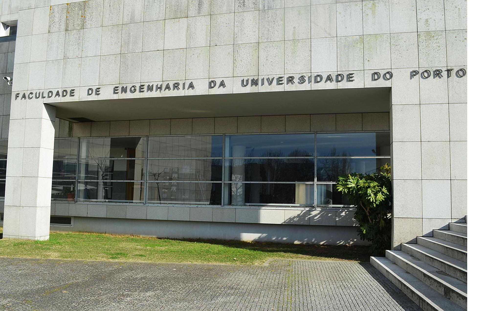 A FEUP é a primeira faculdade a receber a antena 5G por parte da Vodafone