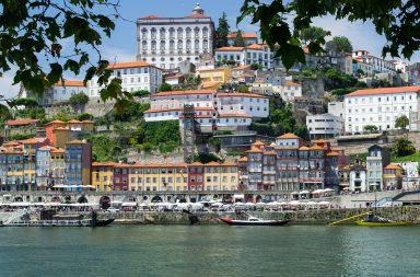 """Segundo a entrevista de Rui Moreira para o Financial Times, o Porto cresceu graças """"a combinação do património cultural com a inovação""""."""