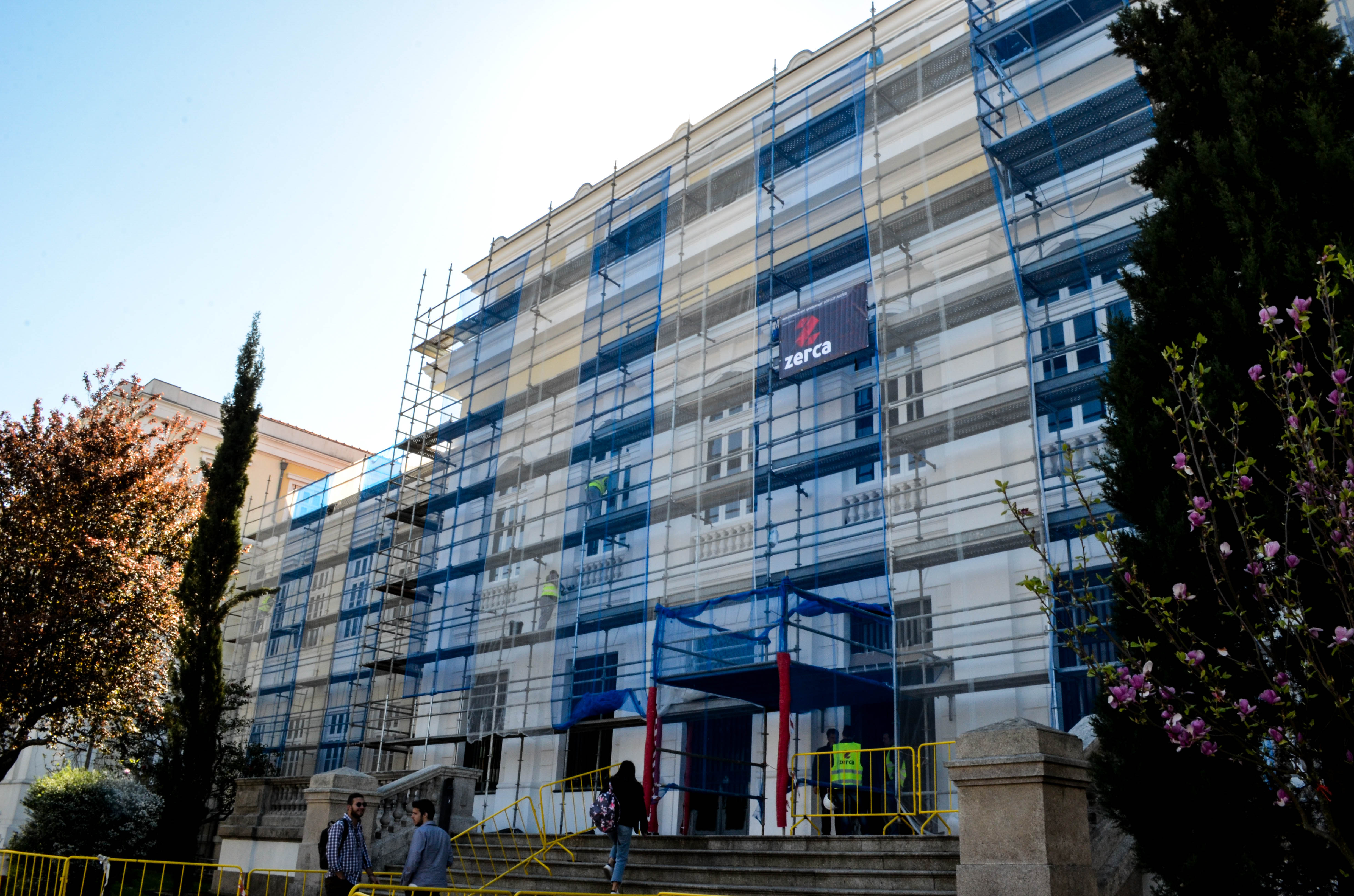 A Faculdade de Direito está em obras há mais de um ano