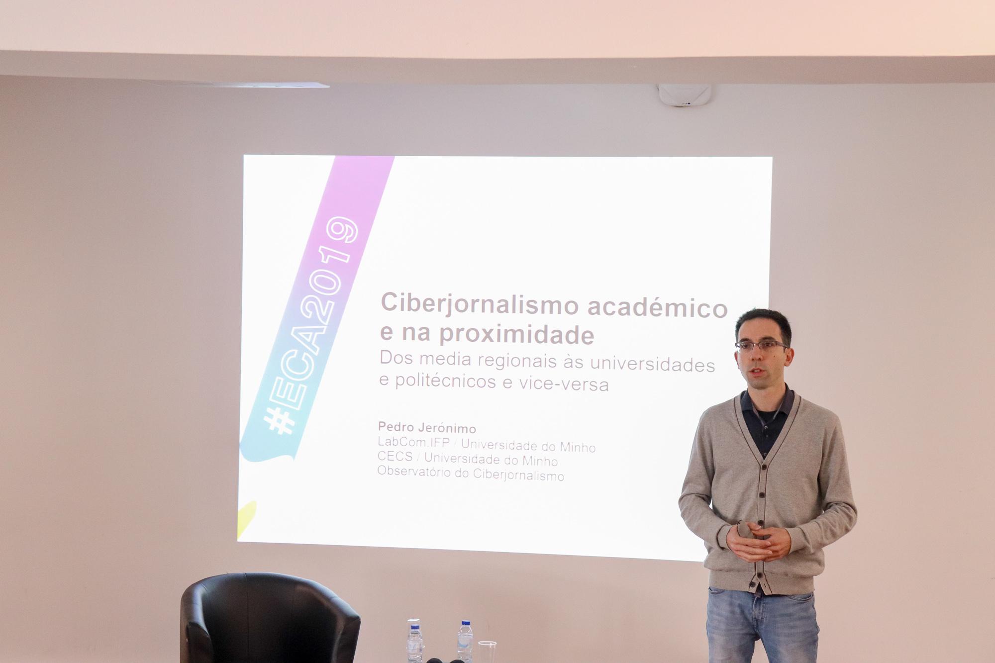 Pedro Jerónimo defende a necessidade de os cibermeios académicos trabalharem conjuntamente com os media regionais.