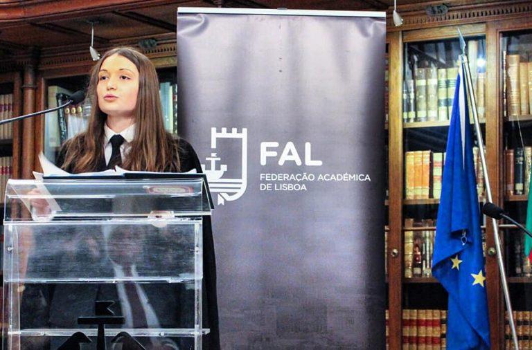 Sofia Escária na tomada de posse da presidência da Federação Académica de Lisboa