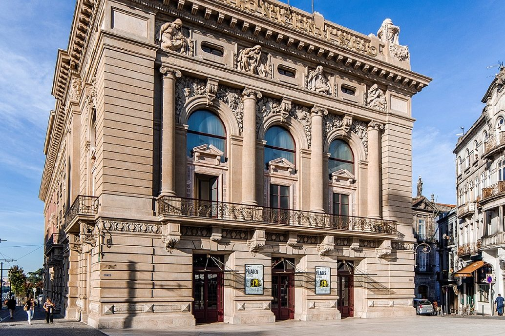 """Na quinta-feira, dia em que o Teatro Nacional de São João celebra 99 anos, foi apresentado ao público""""Dez ideias para (mais) dez anos de Teatro Nacional São João""""."""