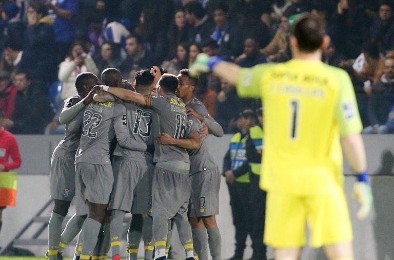 O FC Porto começou o jogo a perder em Santa Maria da Feira, mas deu a volta ao resultado.