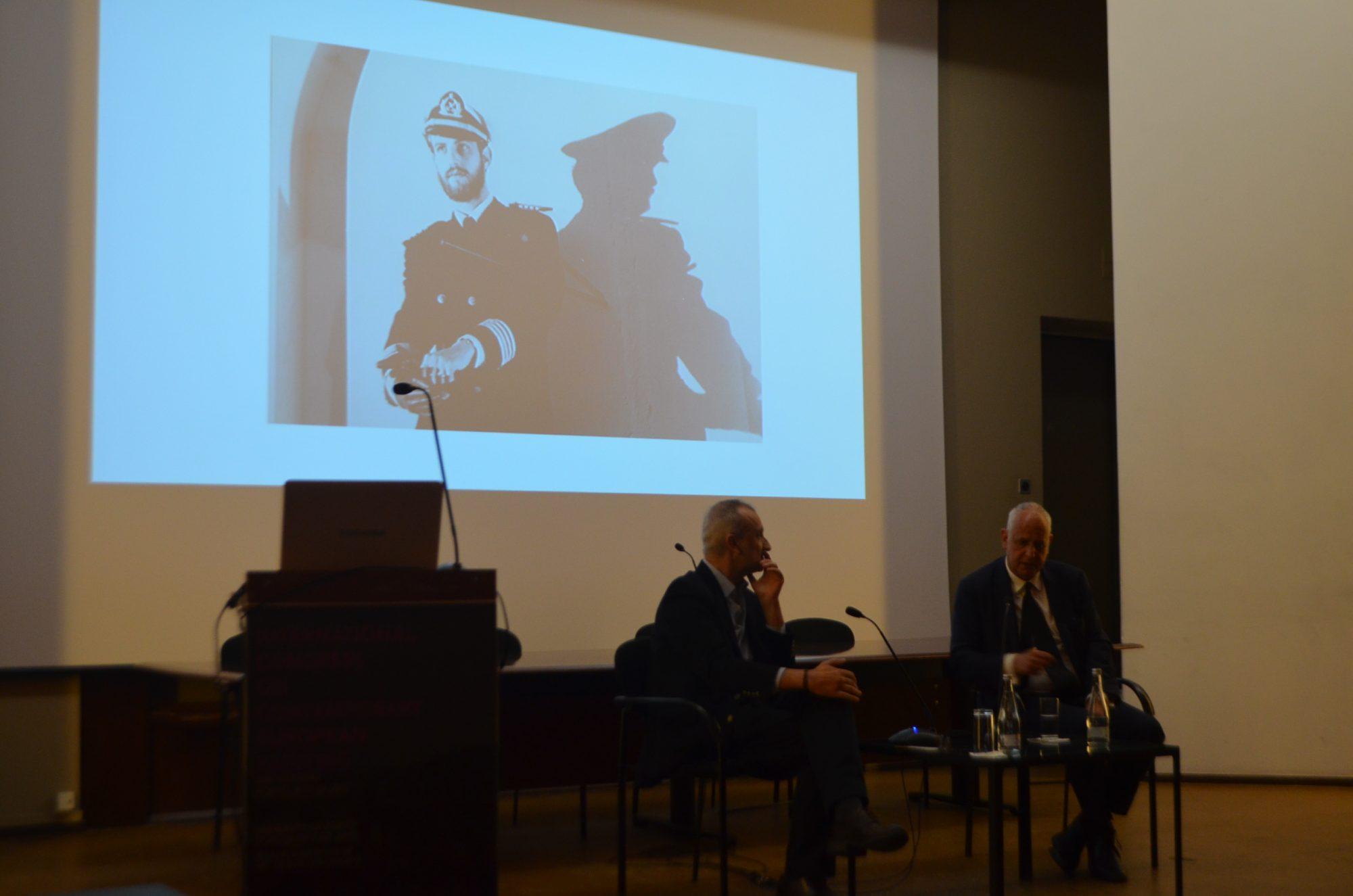 Miguel von Hafe Pérez à conversa com Luc Tuymans.