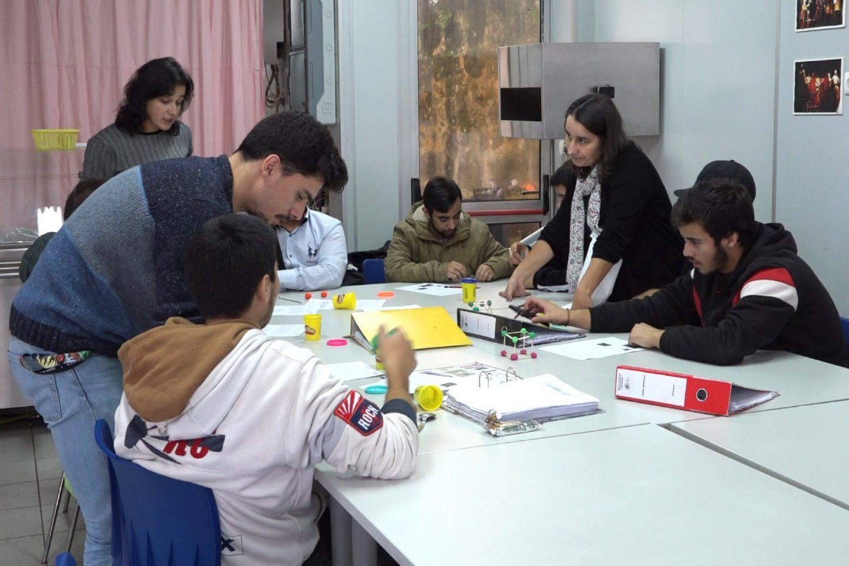 Nesta escola de Matosinhos, única no país, o trabalho é pensado em função de cada aluno