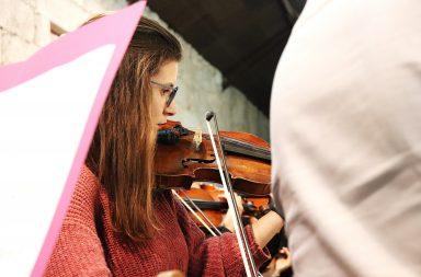 A Orquestra Nacional Moderna apresentou-se pela primeira vez ao público na sexta-feira.