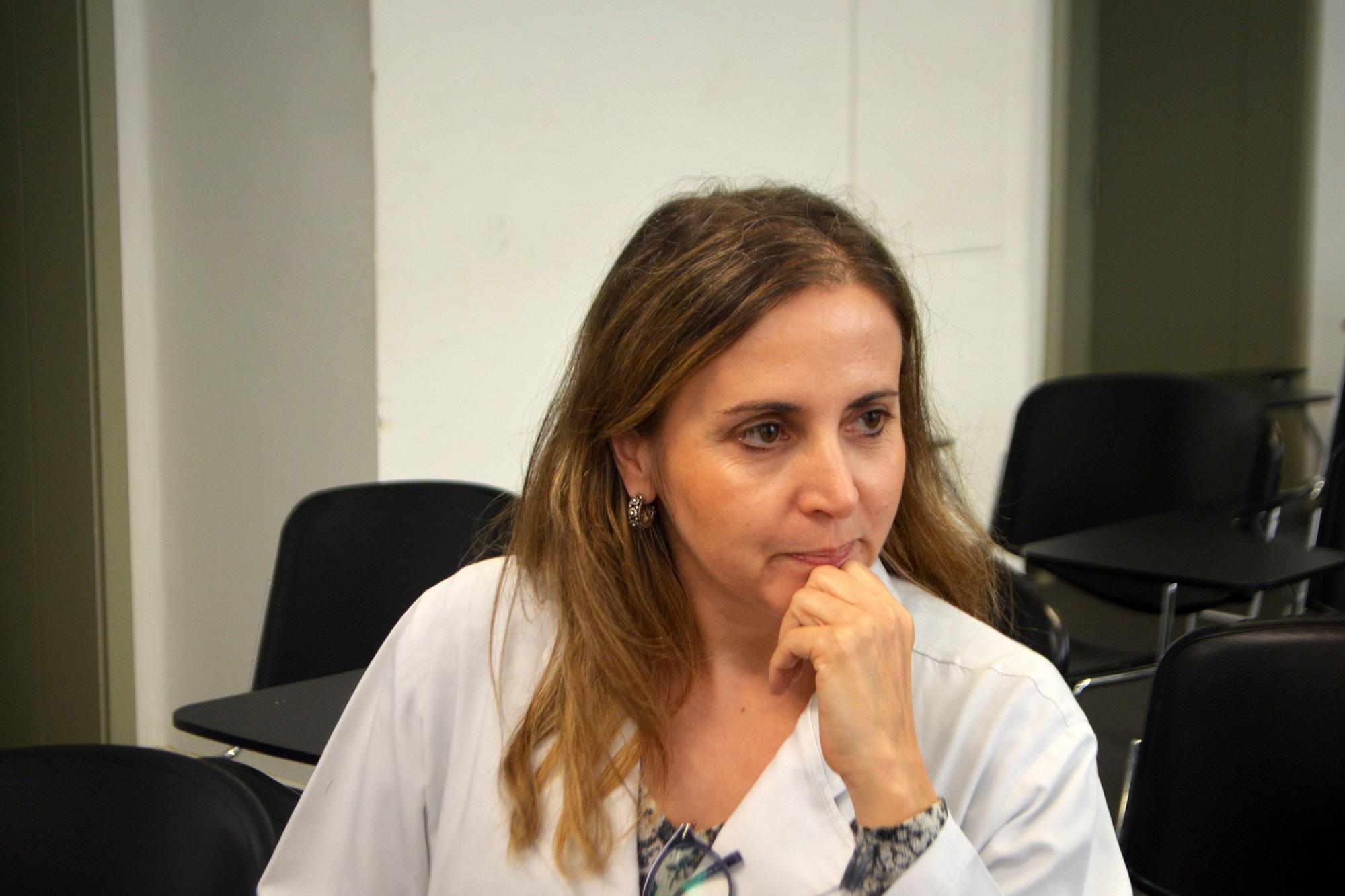 """Elisabete Martins é a responsável pelo projeto """"Auscultação digital no ensino e treino de competências clínicas""""."""