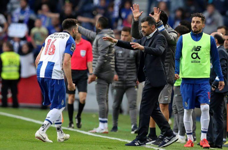 Herrera deu a vitória ao FC Porto.