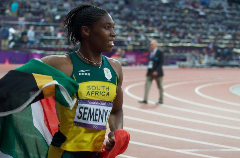 Caster Semenya é bicampeã olímpica e conquistou três títulos mundiais em 800 metros.