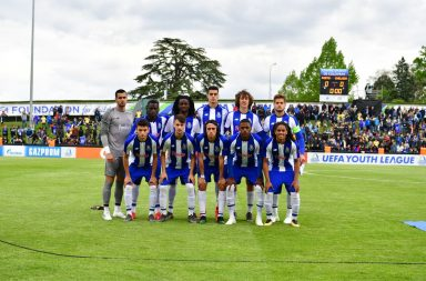 O onze do FC Porto frente ao Chelsea na final da Youth League