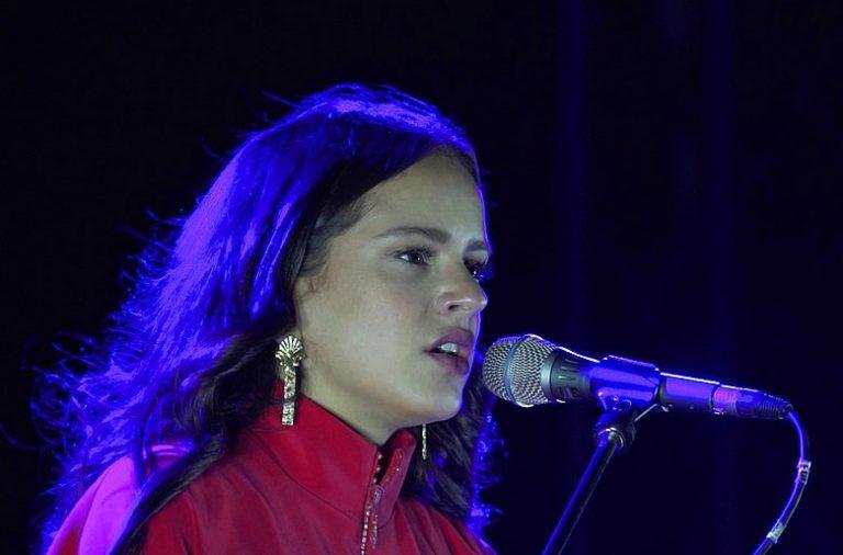 Rosalía vai estrear-se no Porto este sábado.
