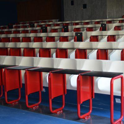 Os auditórios foram remodelados.
