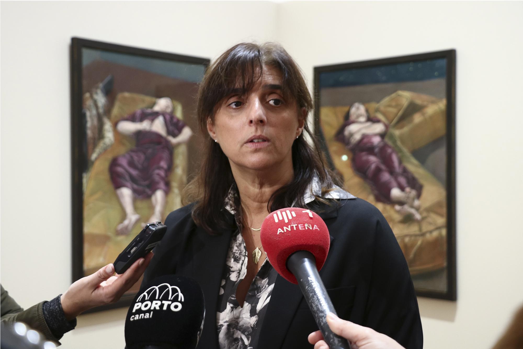 Marta Almeida é a curadora da exposição.
