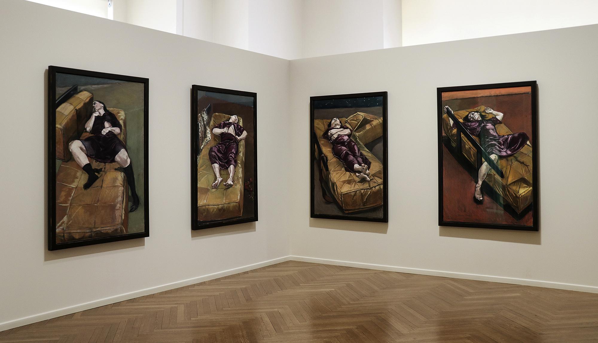 """Políptico """"Possessão"""" sobressai no todo da exposição."""