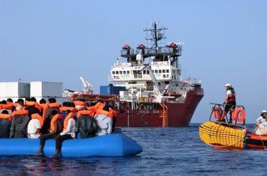 Cerca de um milhar de pesoas perderam a vida este ano no Mar Mediterrâneo.