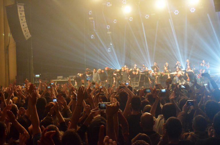Concerto terminou em êxtase na plateia.