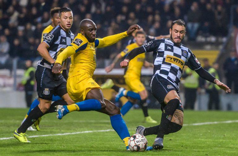 Marega voltou ao onze titular do FC Porto.