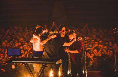 Momento de comunhão da banda estendeu-se também ao público.