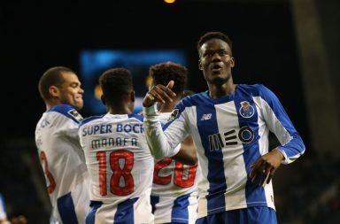 Loum marcou o primeiro golo e foi a figura da partida.