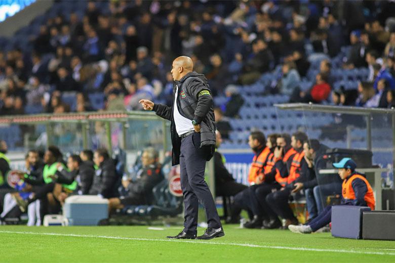 O técnico do Paços de Ferreira, Pepa, foi expulso durante a partida.