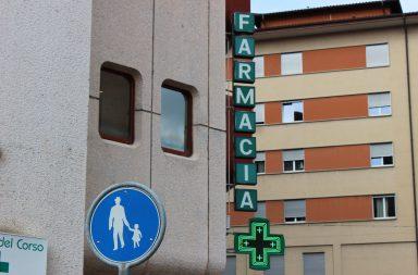A procura por máscaras e desinfetantes registou um aumento esta semana nas farmácias do Porto.