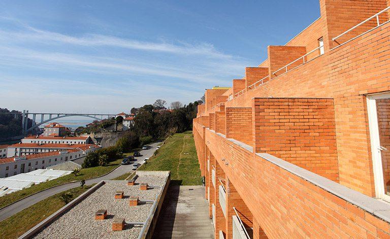 Residência Alberto Amaral é a maior da Universidade do Porto.